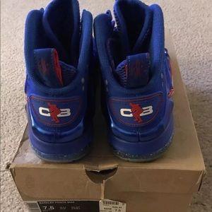 newest 38b54 b002f Nike Shoes - Nike Barkley 76ers Posite Max 555097-300 SIZE 7.5